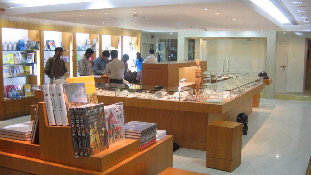03-Basics-Architects-Interior-MMA-store